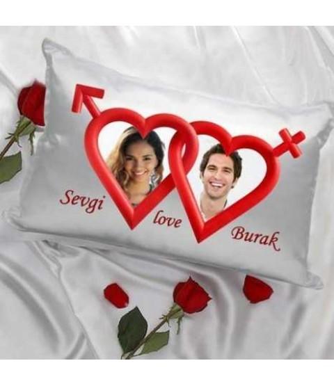 Sevgiliye Özel Kalpler Saten Yastık